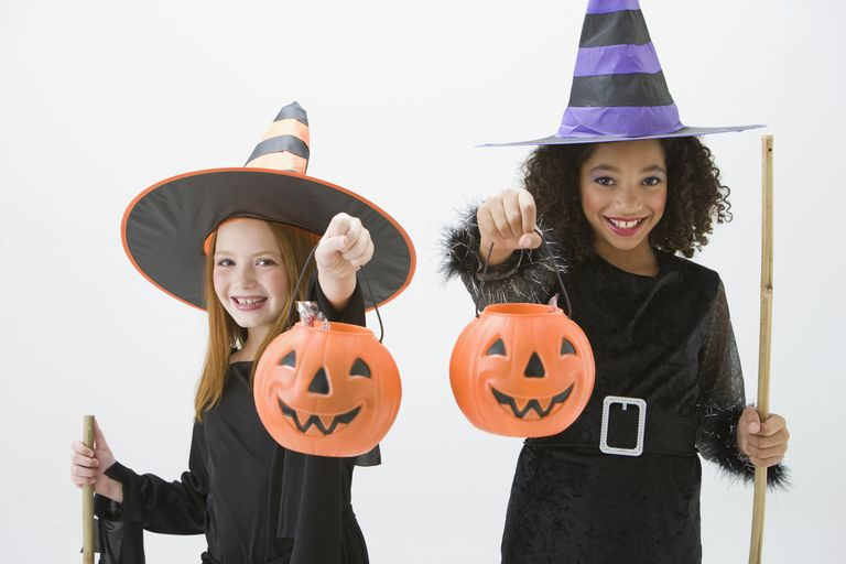 girls-witch-costume-1531950364