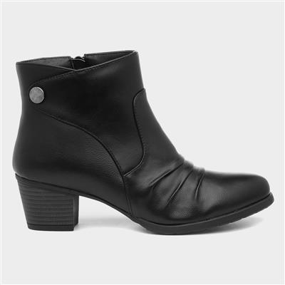 Womens Heeled Ankle Boot in Black