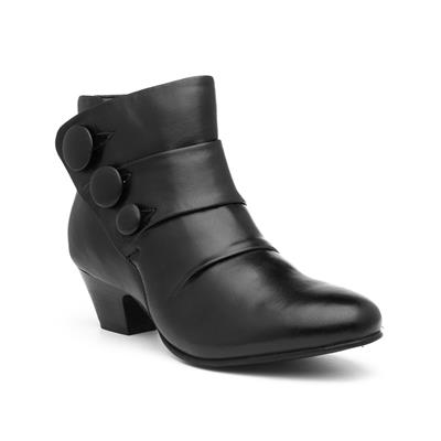 Prancer Womens Black Leather Heeled Boot