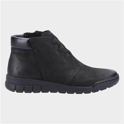 Carmen Womens Ankle Boots in Black