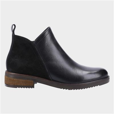 Alexis Womens Ankle Boot in Black