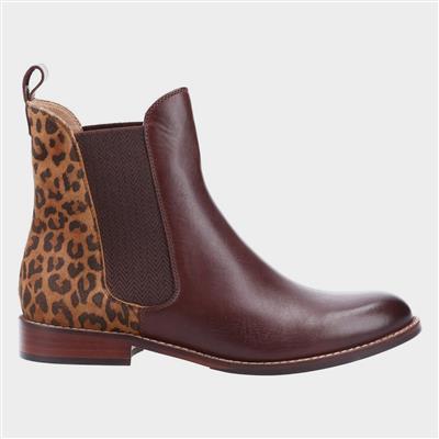 Chloe Womens Brown Chelsea Boot