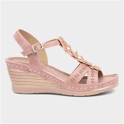 Womens Wedge Sandal in Pink