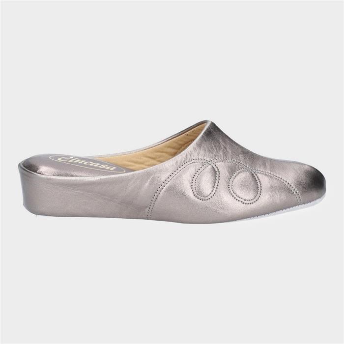 1960s – 1970s Lingerie & Nightgowns Cincasa Mahon Womens Leather Slipper in Metallic £34.99 AT vintagedancer.com