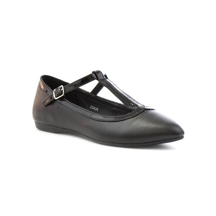 Girl's Shoe with Buckle